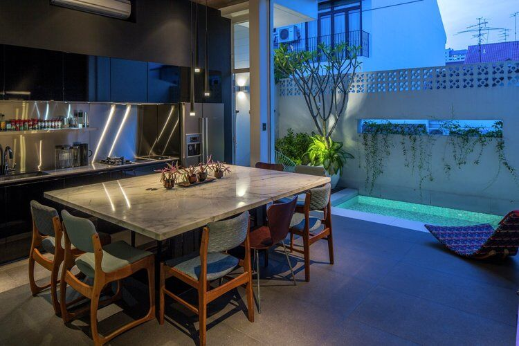This Open House Gives You the Feeling That You Are in a Boundless Garden (1)