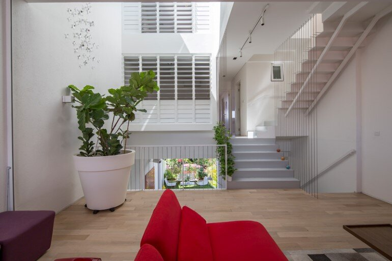 This Open House Gives You the Feeling That You Are in a Boundless Garden (12)