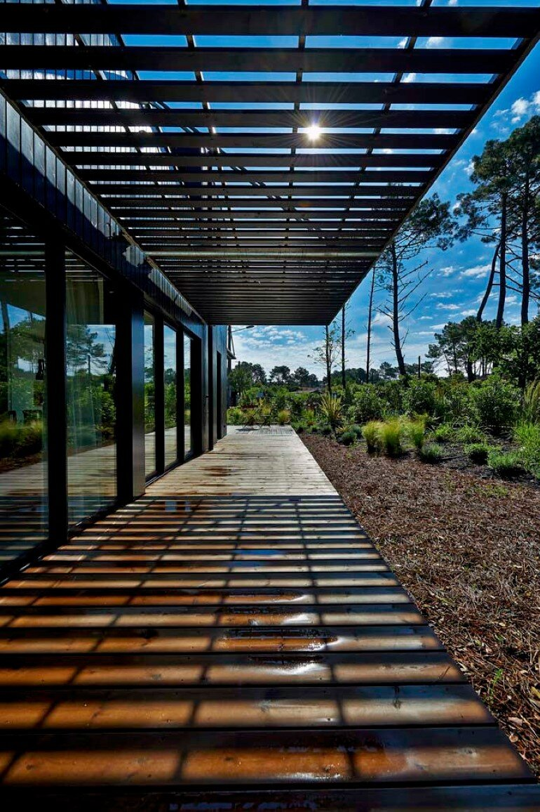 Wood Frame House in Cap Ferret by S+M Architectes (13)