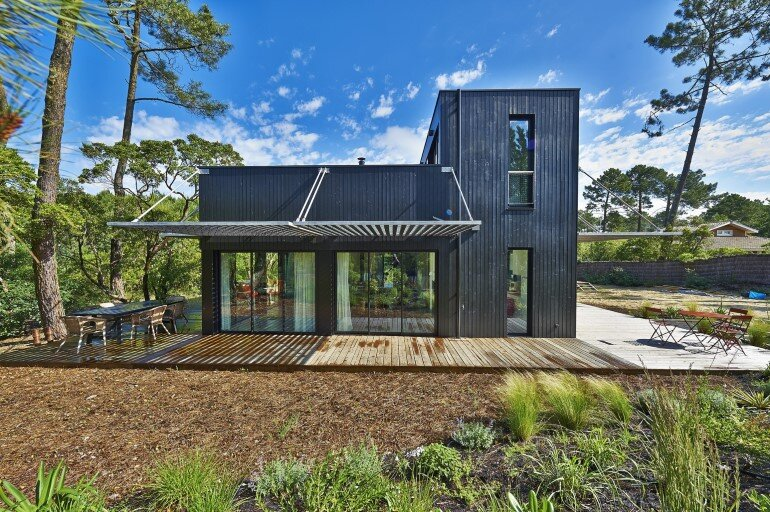 Wood Frame House in Cap Ferret by S+M Architectes (2)