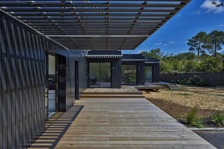 Wood Frame House in Cap Ferret by S+M Architectes (3)