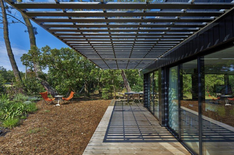Wood Frame House in Cap Ferret by S+M Architectes (4)