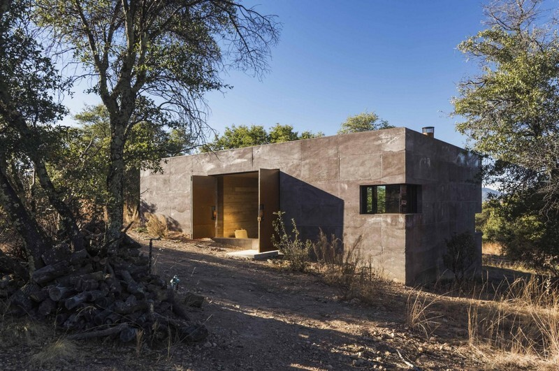 Casa Caldera - Small Shelter in Arizona by DUST (18)