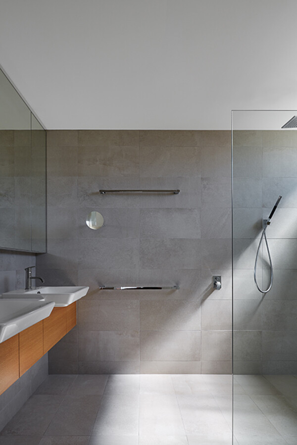 bathroom, Archterra Architects