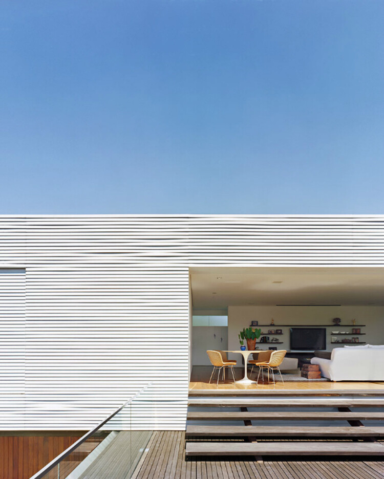 Getaway House in the City of Piracicaba Isay Weinfeld (16)