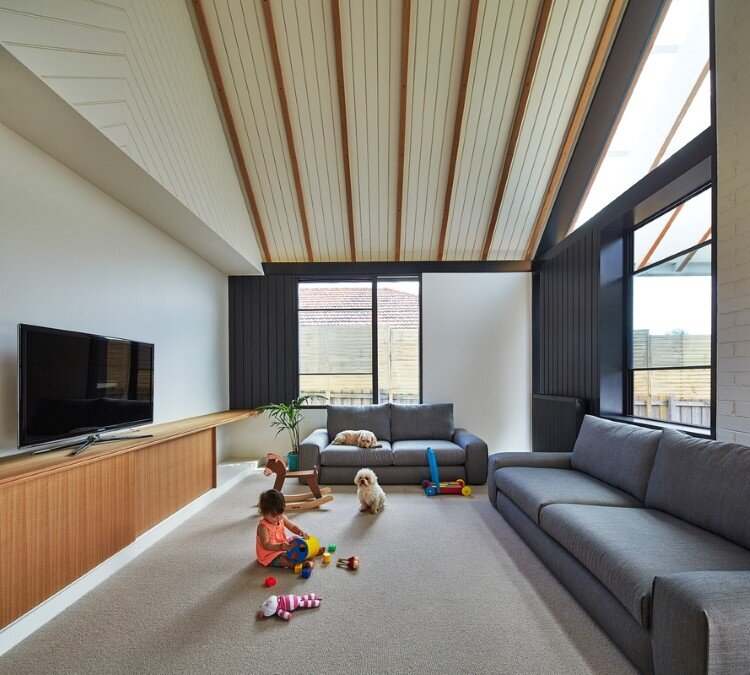 Hip and Gable House - Extension of a Californian Bungalow (7)