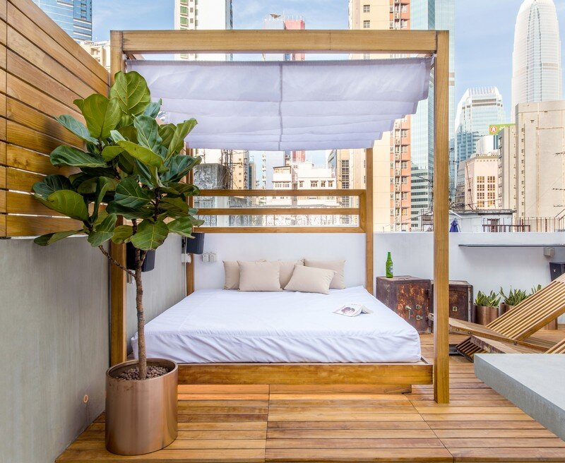 Hong Kong Cramped Flat Converted in a Eco High Tech Rooftop Retreat 10