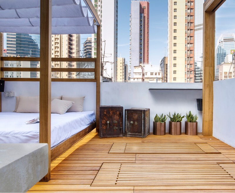 Hong Kong Cramped Flat Converted in a Eco High Tech Rooftop Retreat 11
