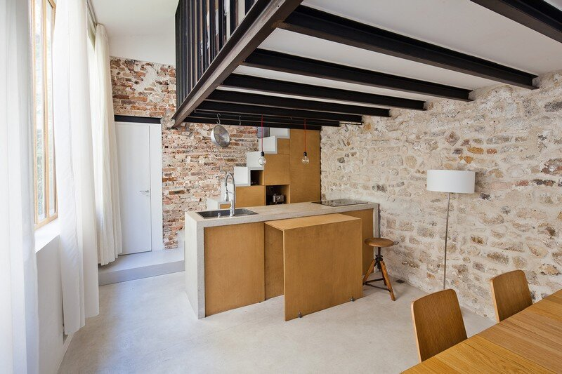 Reconstruction of the Artist's Studio in a Residential Loft, Paris (2)