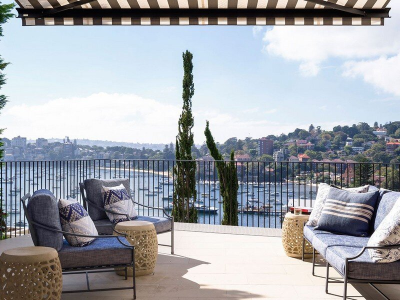 Twin Peaks House - A Queen Anne Style Residence in Sydney (17)