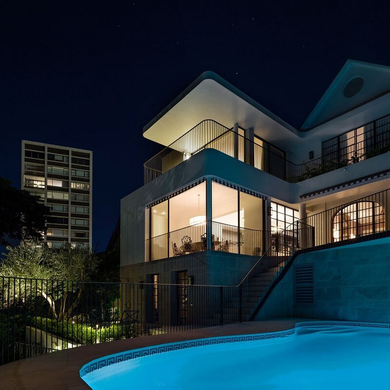 Twin Peaks House - A Queen Anne Style Residence in Sydney (19)
