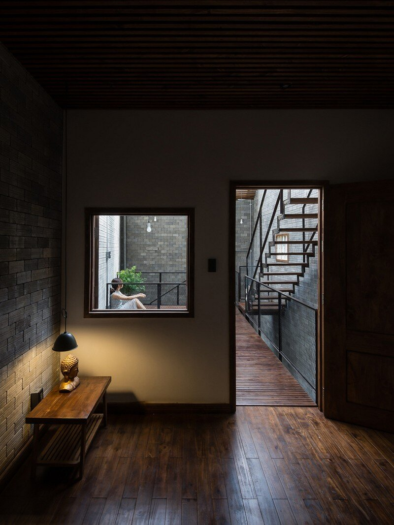 Vietnamese House Designed for a Buddhist Family (14)