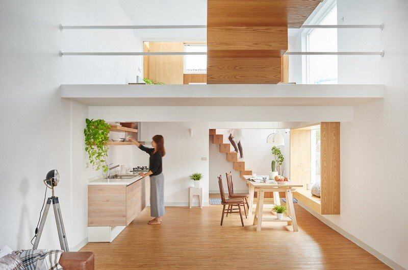 Airy Home in Taiwan with Optimal Balance Between Space and Lighting (11)