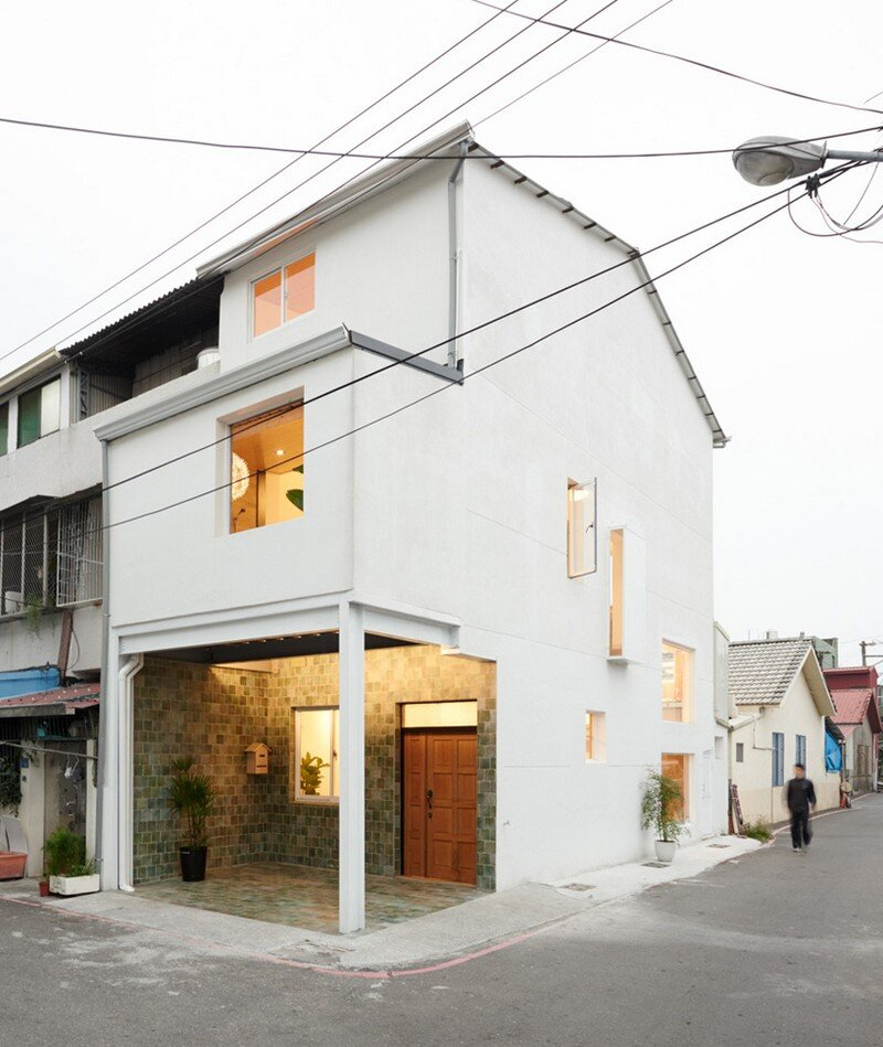 Airy Home in Taiwan with Optimal Balance Between Space and Lighting (8)