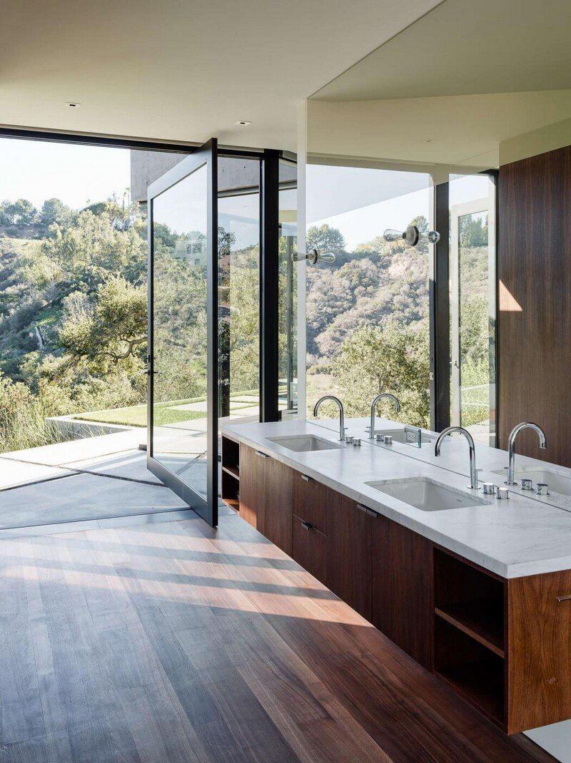 Oak Pass House with Panoramic Canyon Views Walker Workshop (14)
