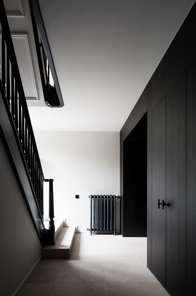 Old Town House Rebuilt and Renovated by JUMA Architects (2)