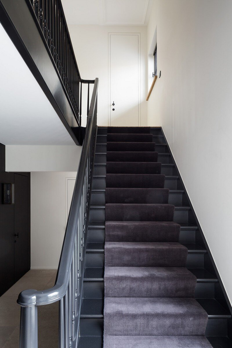 Old Town House Rebuilt and Renovated by JUMA Architects (3)