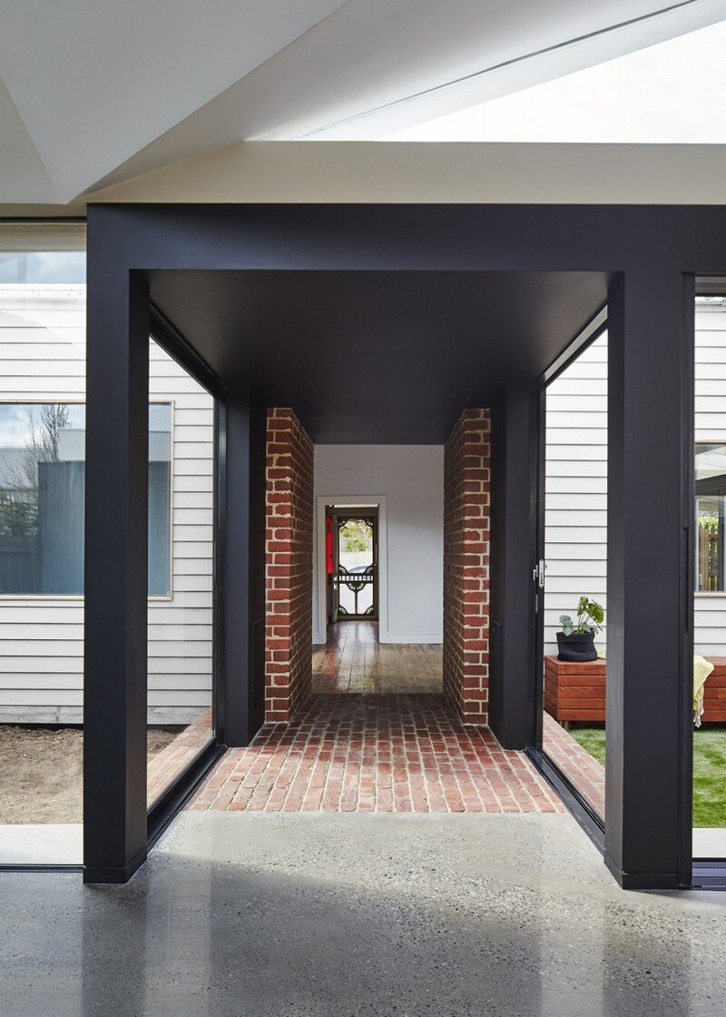 Tunnel House - Addition to an Existing Double Fronted Dwelling (8)