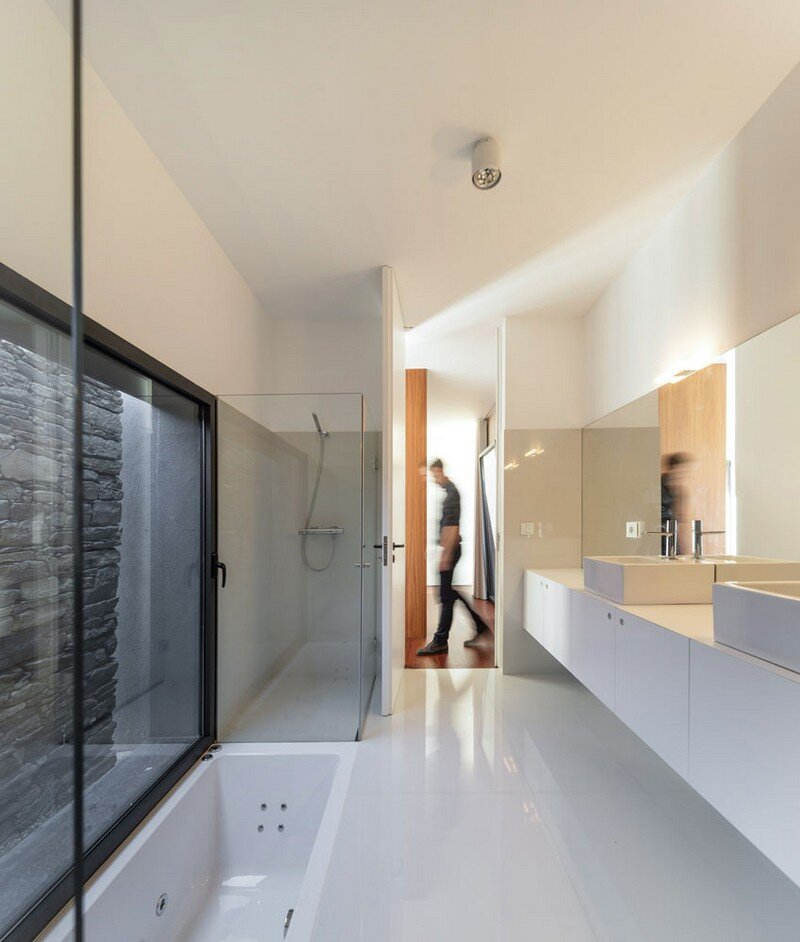 Vigario House is a Dialog Between Old and New (17)