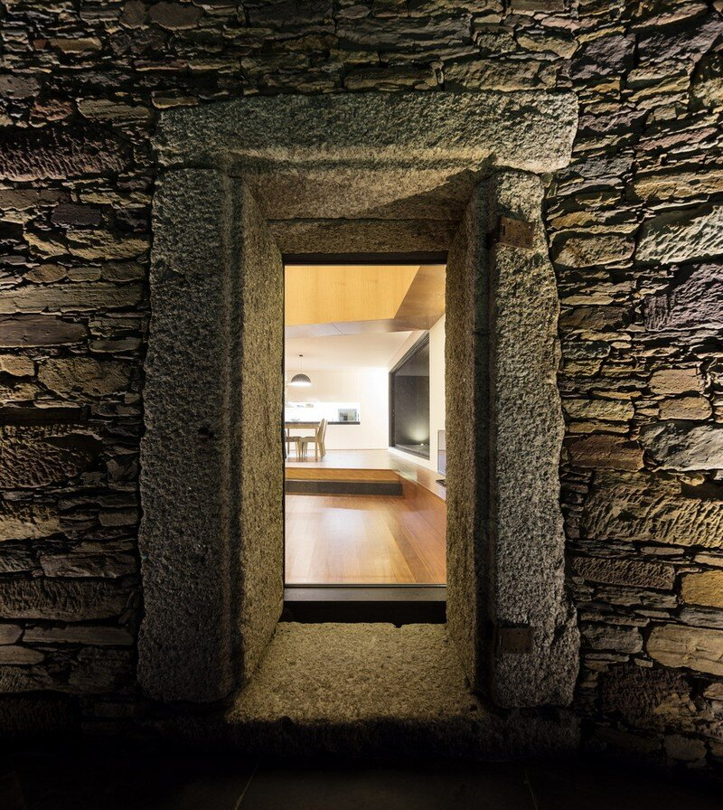 Vigario House is a Dialog Between Old and New (21)