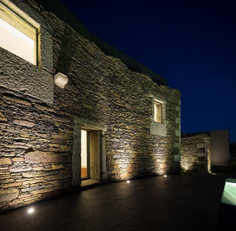 Vigario House is a Dialog Between Old and New (22)