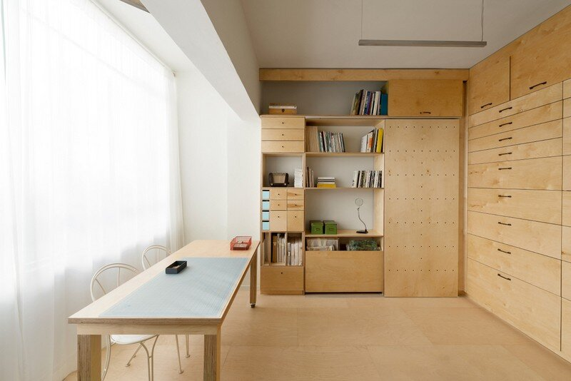 20sqm Studio Workspace for an Artist in Tel Aviv (2)