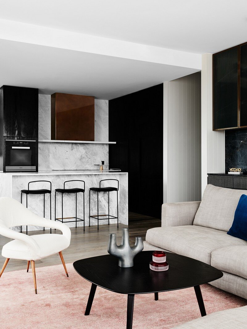 A Luxurious Residence at the Top of the Hampton Hill Development (5)