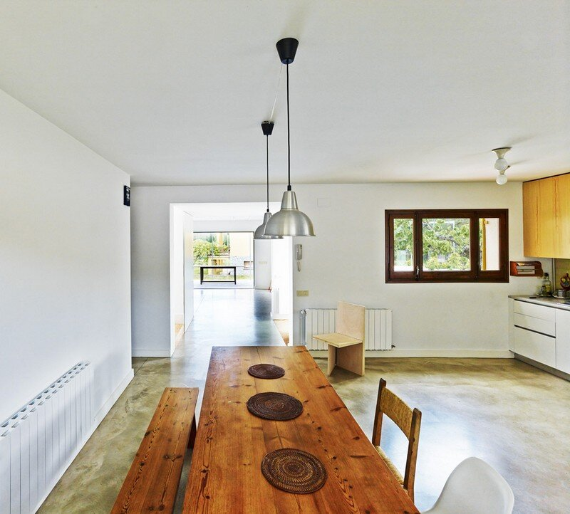 Anoro House - Weekend Retreat by Anna & Eugeni Bach (10)