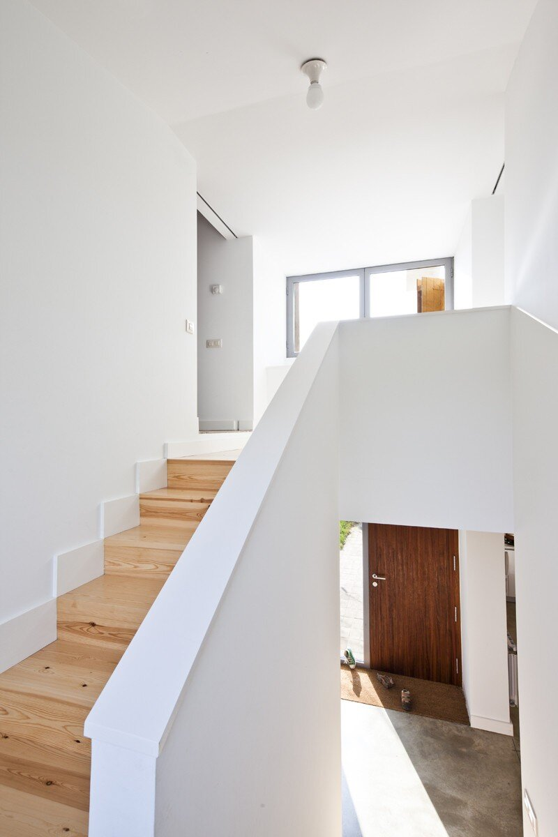Anoro House - Weekend Retreat by Anna & Eugeni Bach (13)