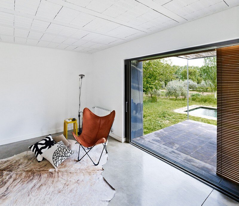 Anoro House - Weekend Retreat by Anna & Eugeni Bach (9)