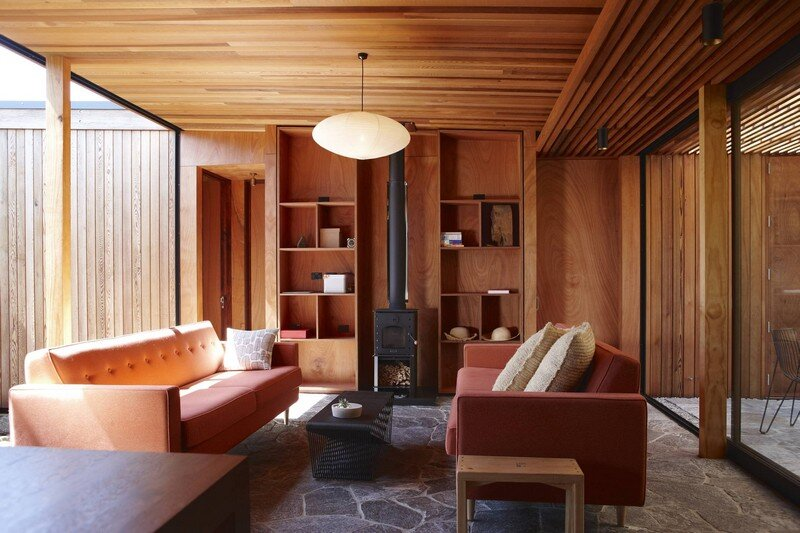Bethells Bach - Two-Bedroom Bach at the Beach by Herbst Architects (10)