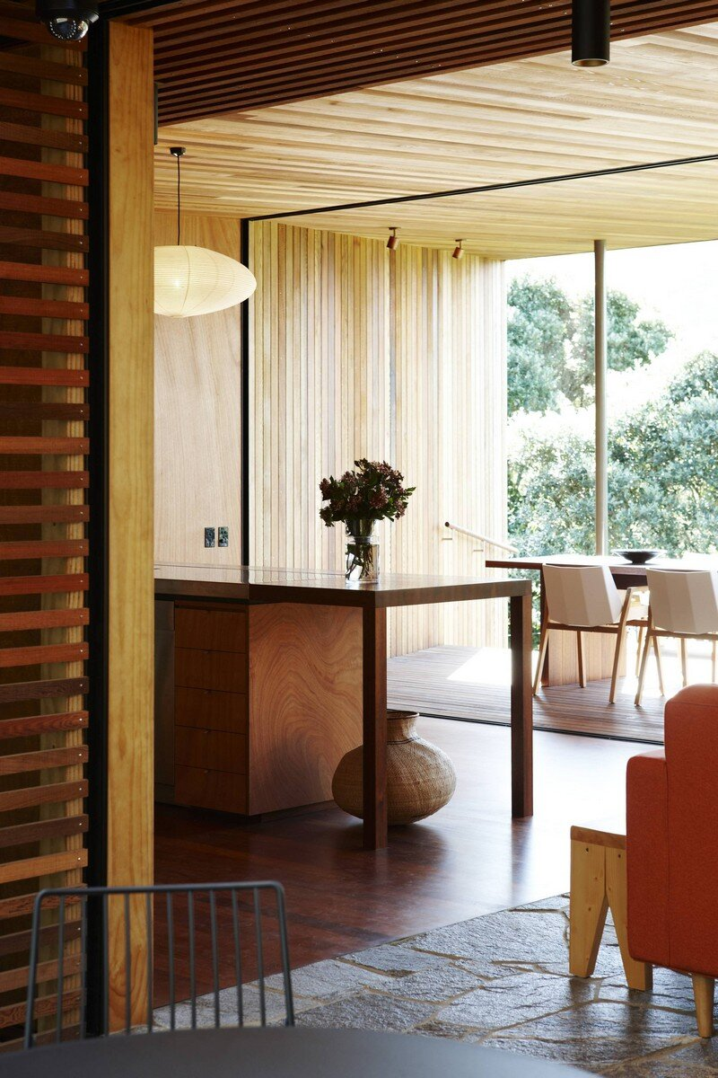 Bethells Bach - Two-Bedroom Bach at the Beach by Herbst Architects (7)