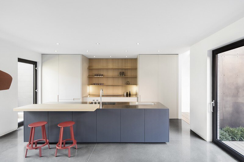 Christophe Colomb House in Montreal Henri Cleinge and Manon Belanger (4)