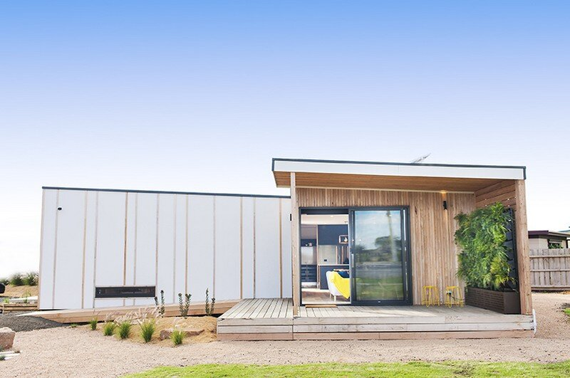 Eco Balanced - Sustainable Prefab Retreat by EcoLiv (5)