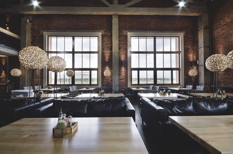 Gastroport Restaurant Designed with a Significant Industrial Footprint by Allartsdesign (4)