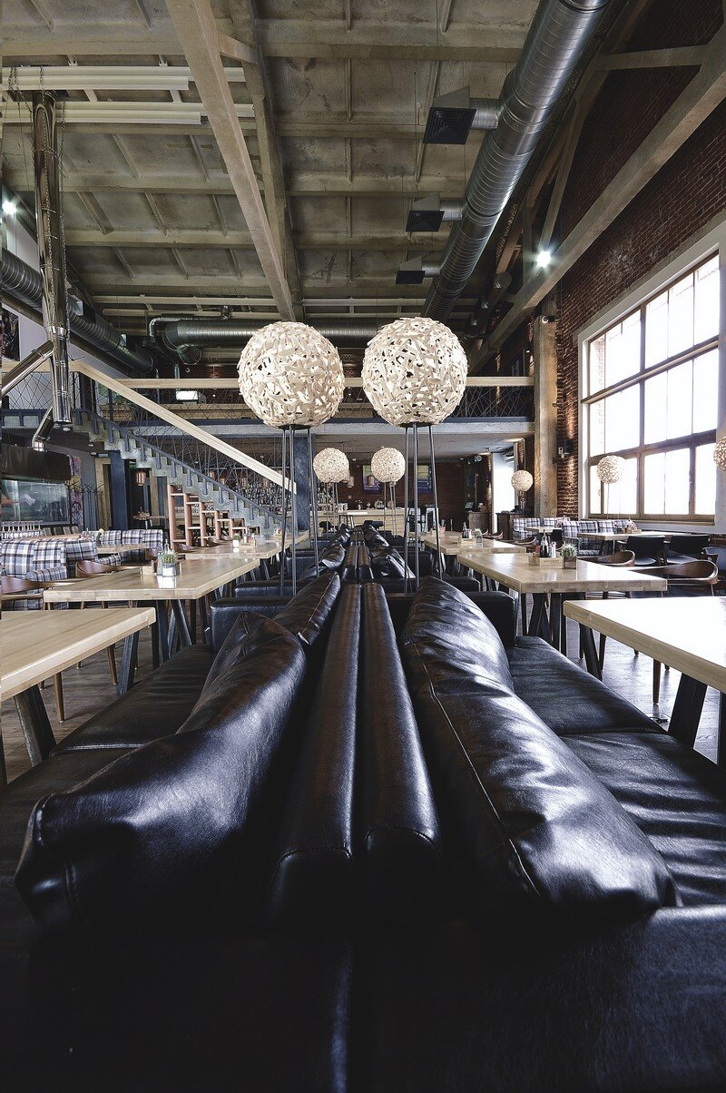 Gastroport Restaurant Designed with a Significant Industrial Footprint by Allartsdesign (7)