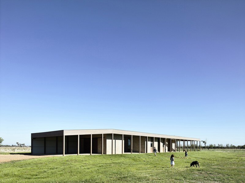 Goulburn Valley House by Rob Kennon Architects (1)