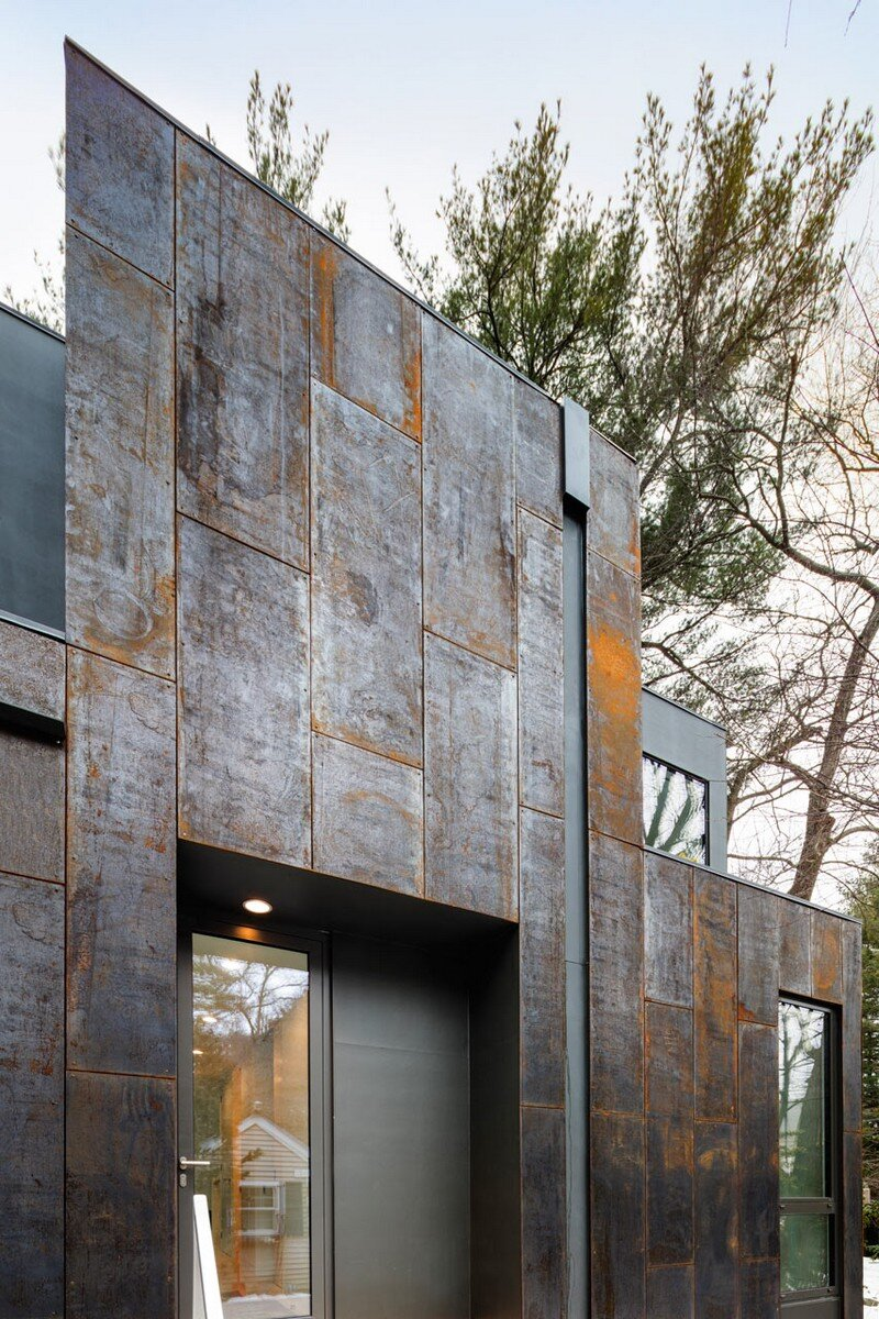 Grow Box - Steel House by Merge Architects (3)