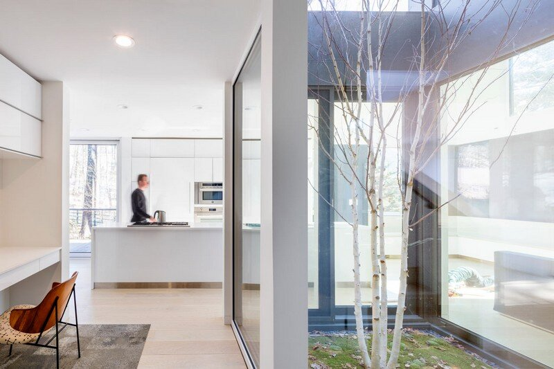 Grow Box - Steel House by Merge Architects (4)