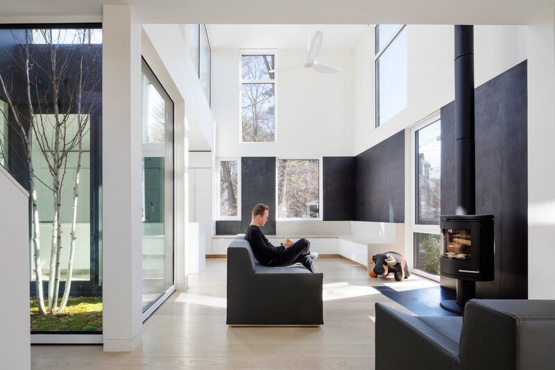 Grow Box - Steel House by Merge Architects (5)