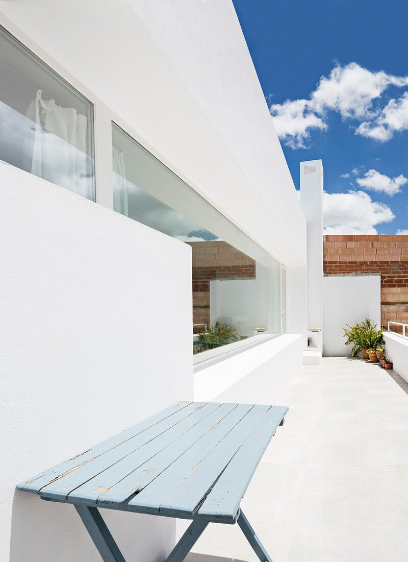 House for a Painter in Costa del Sol DTR_studio architects (9)