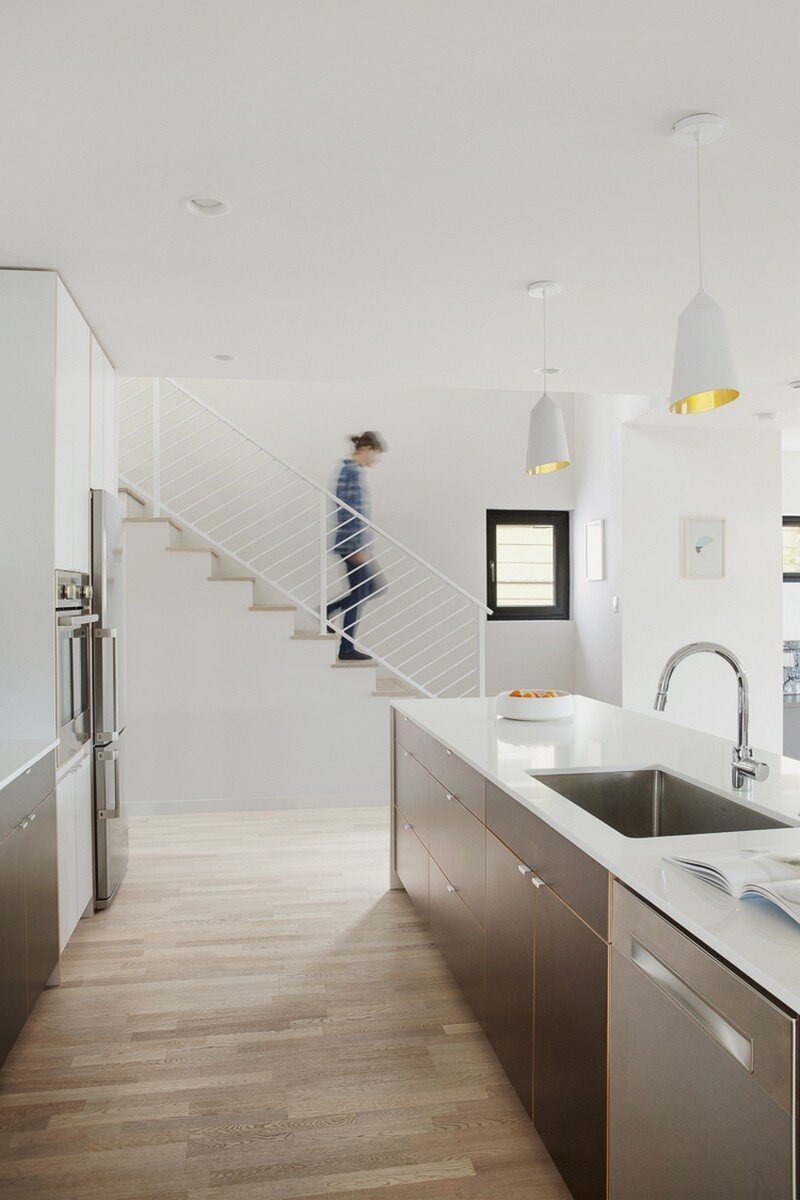 Palatine Passive House in North Seattle by Malboeuf Bowie Architecture (5)
