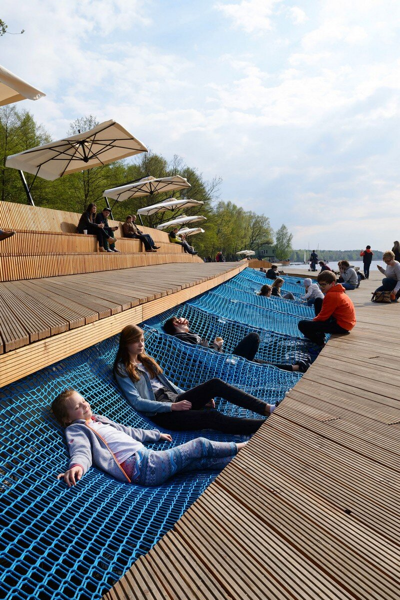 The Promenade - Redevelopment of the East Side Paprocany Lake Shore 1