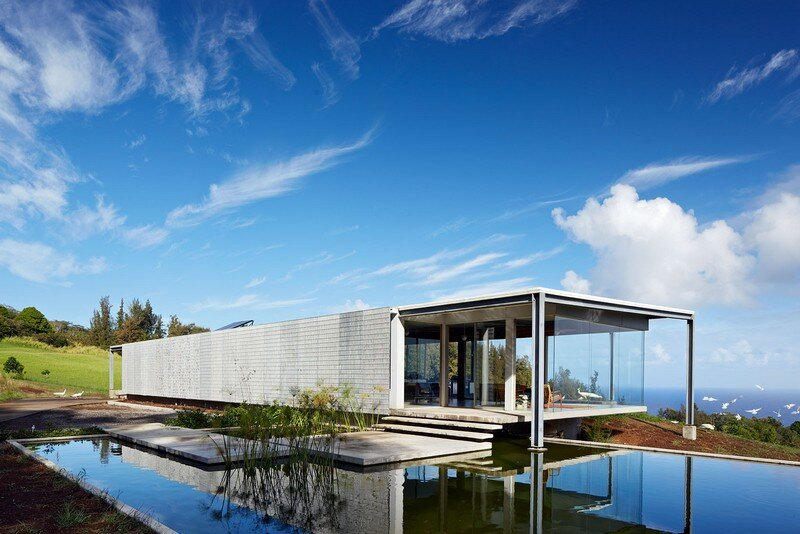 This Stunning House Offers Expansive Views of the Coast of Big Island, Hawaii 9