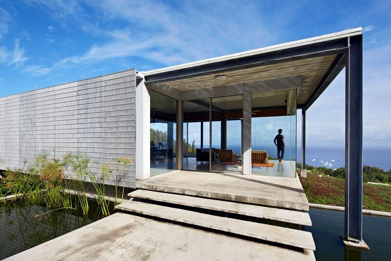 This Stunning House Offers Expansive Views of the Coast of Big Island, Hawaii 3