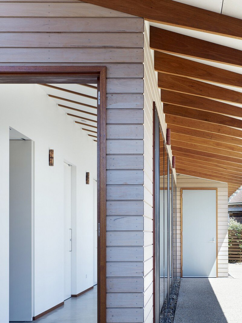 Whale Watching House by Dunn and Hill Architects (9)