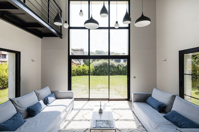 Contemporary Country House by Bateaumagne Deauville, France (4)