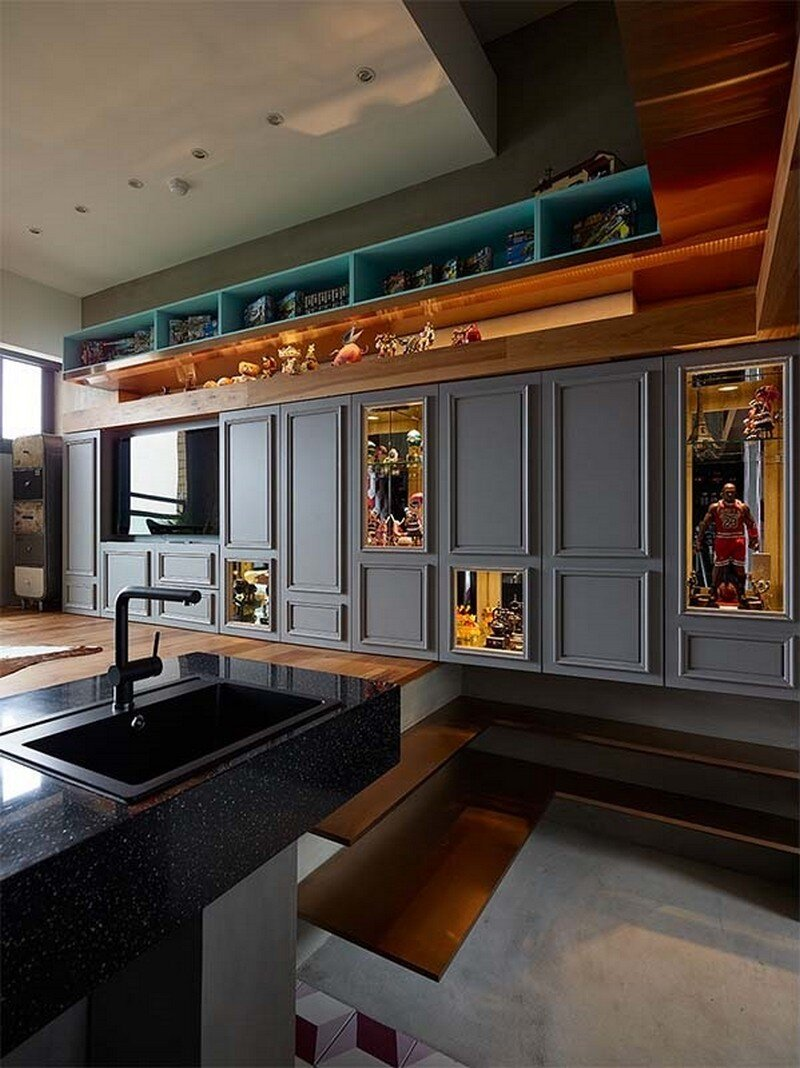Eclectic House for Two Collectors of Toys Taipei City 2