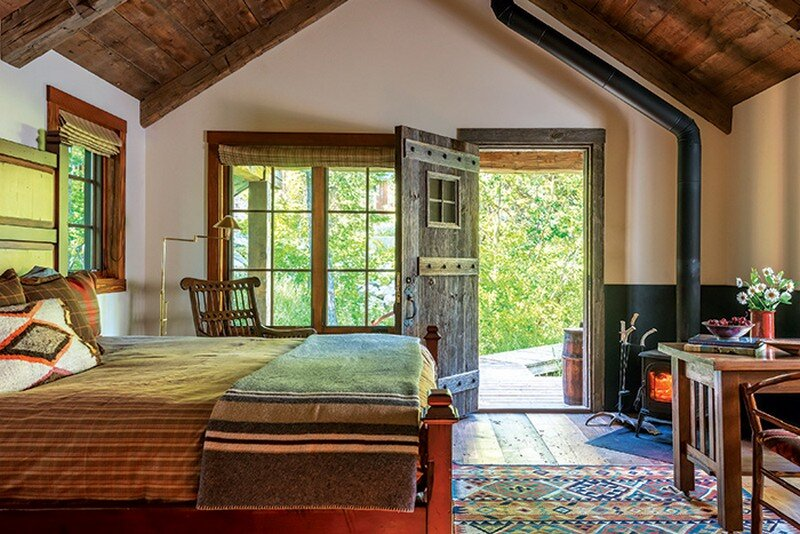 Fishcreek Woods - Tiny Guest Cottage in Jackson, Montana 10