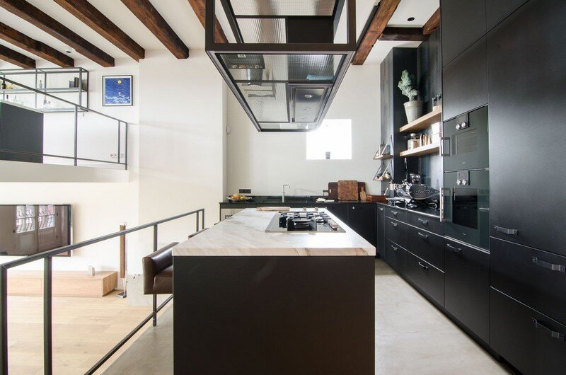 Full Renovation of an Extraordinary Loft for a Young Stock Broker 5